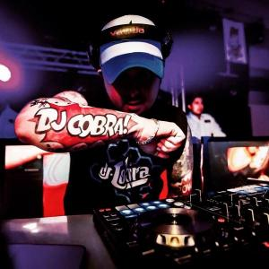 PA TRA Y PAL FRENTE - DJ COBRA from Dj Auzeck